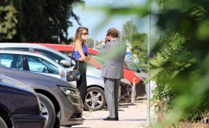 A Pipoca Mais Doce Apanhada longe de Lisboa a assinar divórcio (fotos)