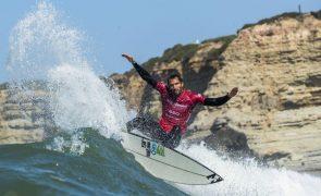 Tóquio2020: Trio de surfistas portugueses enche de orgulho Frederico Morais