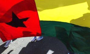 Polícia guineense dispersa manifestação de central sindical com gás lacrimogéneo