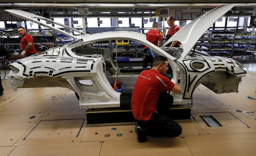 Bruxelas quer fim de veículos novos com motores a gasolina ou gasóleo