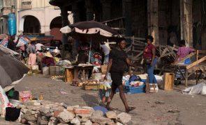 ONU denuncia que quase metade da população do Haiti sofre de