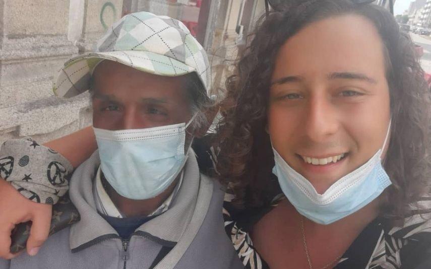 André filipe Compra roupa a sem-abrigo: