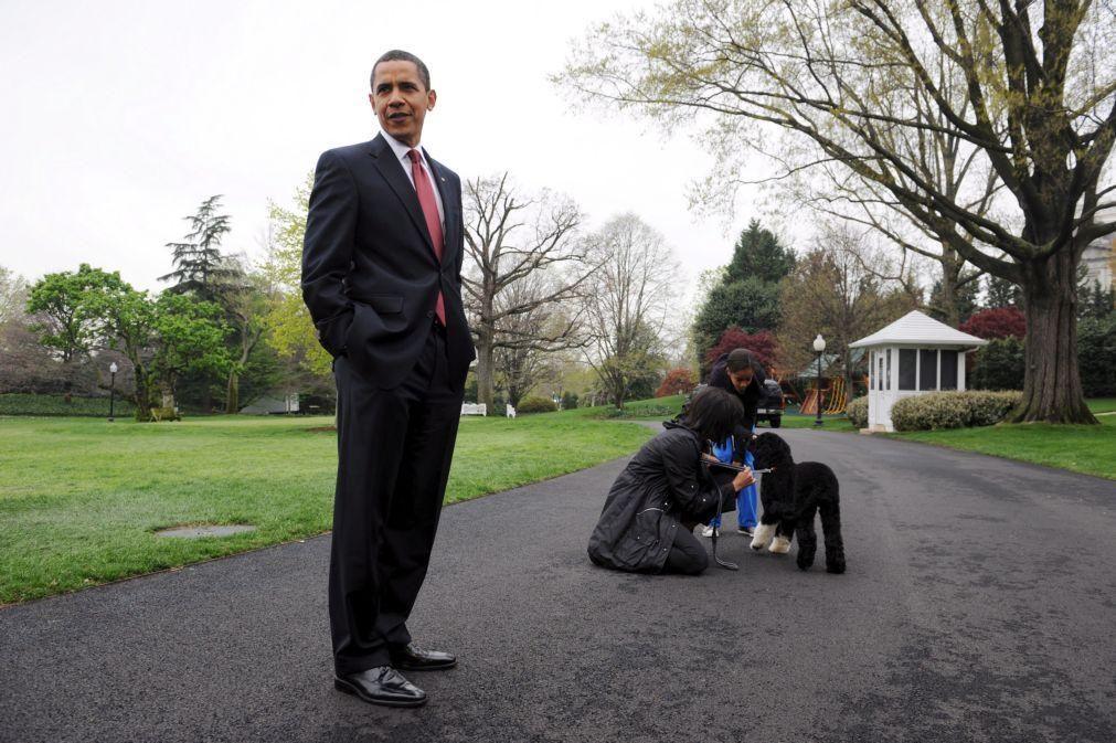 Livro de memórias de Barack Obama adaptado em edição para jovens leitores