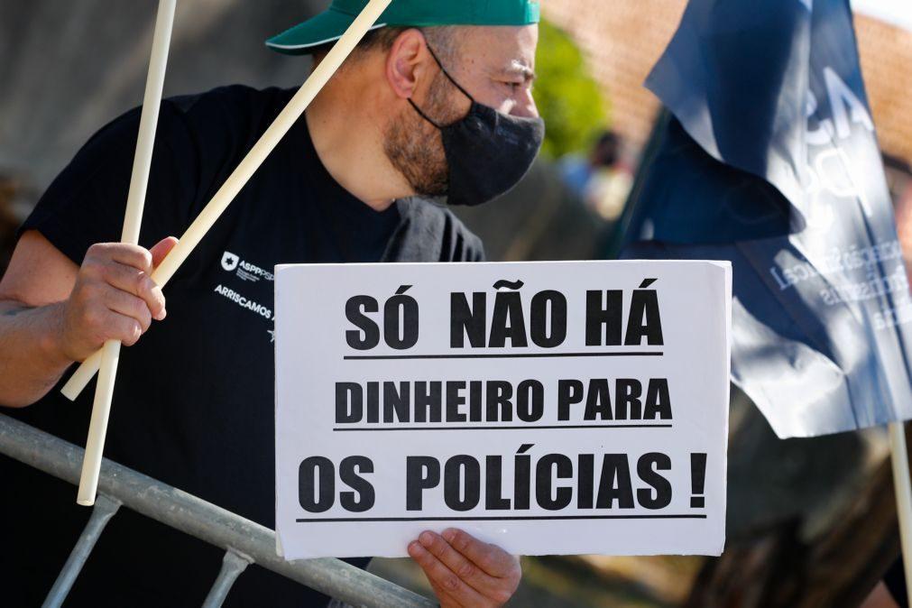 Profissionais das polícias em protesto junto ao MAI pedem subsídio de risco justo