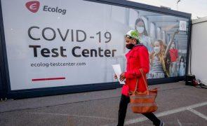 Covid-19: Centro de controlo de doenças antecipa forte aumento do número de casos nas próximas semanas na União