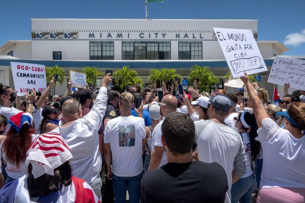 Cubanos de Miami preparam expedição de solidariedade com manifestantes em Cuba