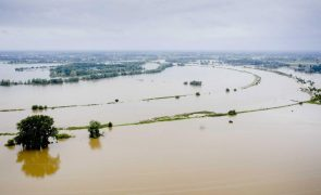 Países Baixos vão retirar 10.700 residentes de cidades próximas do rio Meuse