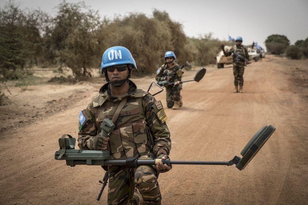 Guterres quer mais 2.000 capacetes azuis no Mali