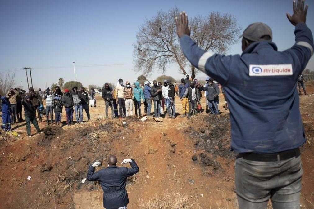 Covid-19: Violência na África do Sul agrava pandemia - Consultora