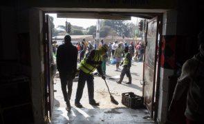 África do Sul: Bairro de portugueses atacado no sul de Joanesburgo