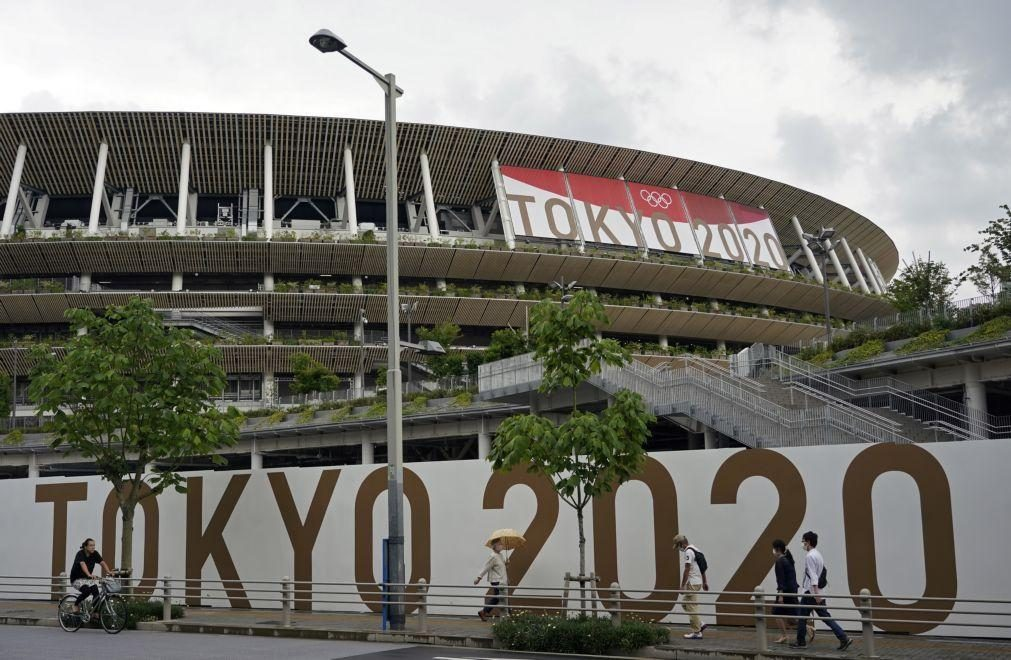 Detetados primeiros casos de covid-19 entre atletas residentes na Aldeia Olímpica