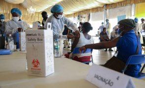 Covid-19: Embaixador português em Luanda pede certificado para Astrazeneca de origem indiana