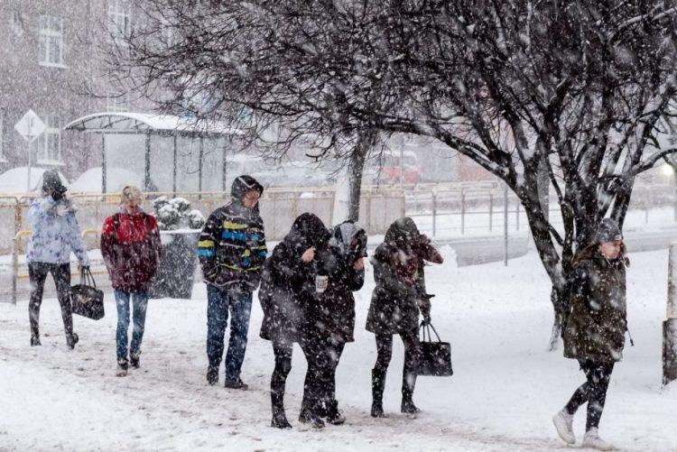 Pelo menos 10 pessoas morreram na Polónia devido às baixas temperaturas