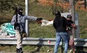 Número de mortos na África do Sul sobe para 215 após tumultos e pilhagens