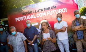 CGTP exige que Governo trave despedimentos coletivos