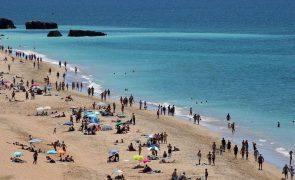Praia dos Pescadores em Albufeira interditada a banhos