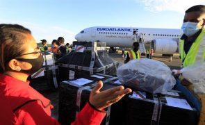 Covid-19: Primeiras vacinas enviadas por Portugal chegam a Timor-Leste