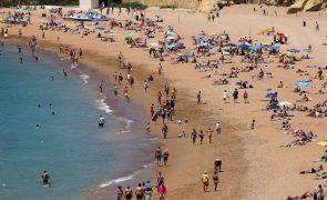Praia dos Pescadores, em Albufeira, volta a estar apta para banhos
