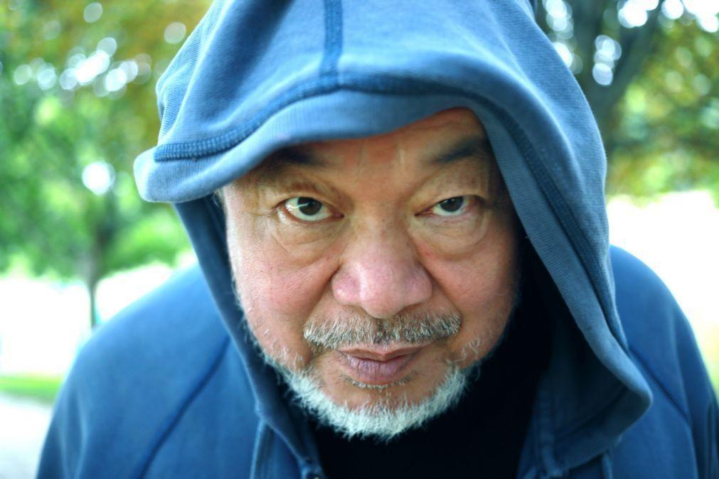 Autobiografia de Ai Weiwei aborda 100 anos de vida de artista e do pai