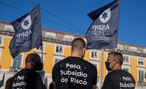 Polícias voltam hoje aos protestos por causa do subsídio de risco em dia de reunião com Governo