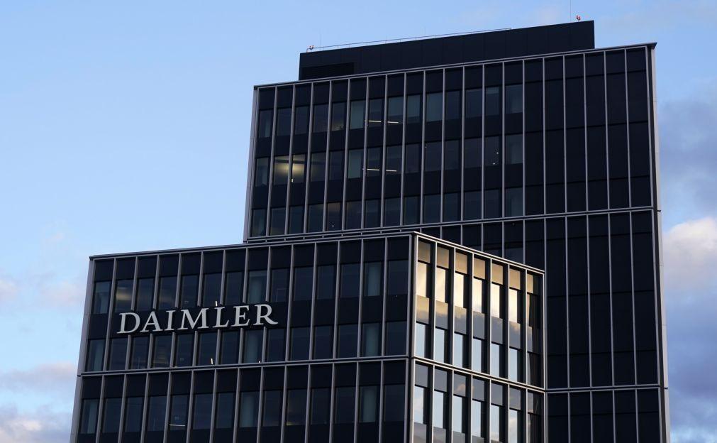 Daimler passa de prejuízos a lucros de 8.077 ME no 1.º semestre