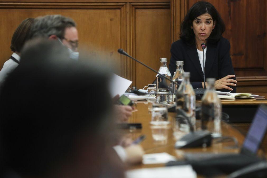 AdC insiste na necessidade de reduzir períodos de fidelização e limitar refidelizações
