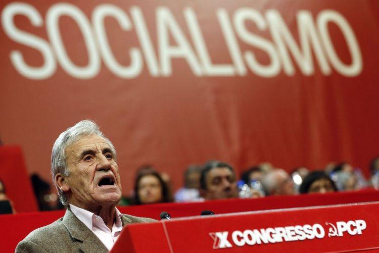 PCP/Congresso: Jerónimo reitera necessidade de renegociar a dívida