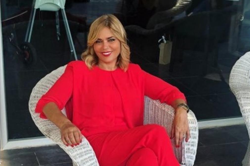 Fernanda Antunes surge com aparência totalmente diferente