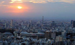 Covid-19: Novos casos em Tóquio no nível mais elevado em seis meses