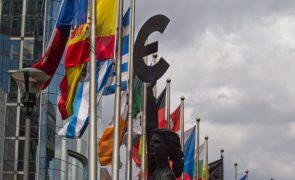 Zona euro com défice público de 7,4% e UE de 6,8% no 1.º trimestre - Eurostat