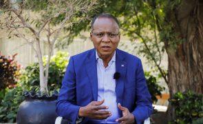 Covid-19: PM de Cabo Verde lamenta fraca vacinação em Santiago e pede empenho de todos