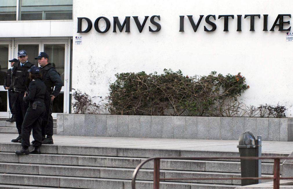 Oficiais de Justiça cumprem greve até 2018