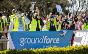 Três sindicatos optam por manter pré-aviso de greve na Groundforce até pagamento