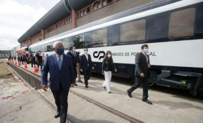 Costa diz que renovação de carruagens tem 95% de incorporação nacional