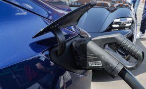 Veículos elétricos mais do que duplicam as vendas na Europa no 2.º trimestre