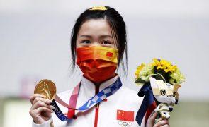 Tóquio2020: Chinesa Qian Yang conquista primeiro ouro em carabina a 10 metros