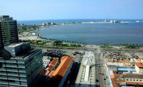 Angola passa de défice a excedente nas contas públicas este ano - Fitch Solutions