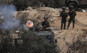 Palestiniano de 17 anos morto pelo exército israelita na Cisjordânia ocupada