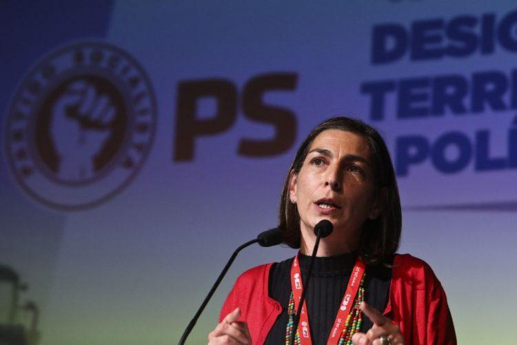 PCP/Congresso: PS elogia