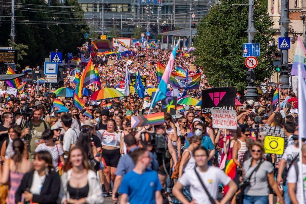 Mais de dez mil pessoas juntas na Marcha do Orgulho na Hungria