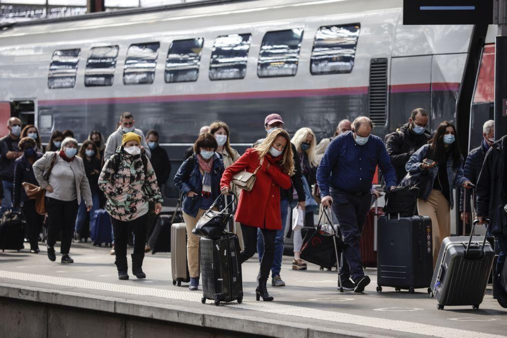 Covid-19: França contabiliza mais 25.624 infetados e 22 mortos