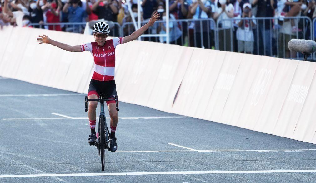 Tóquio2020: Anna Kiesenhofer surpreende e conquista ouro no ciclismo de estrada