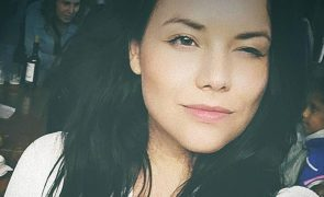 Angélica Jordão chora filha que morreu às 23 semanas de gestação