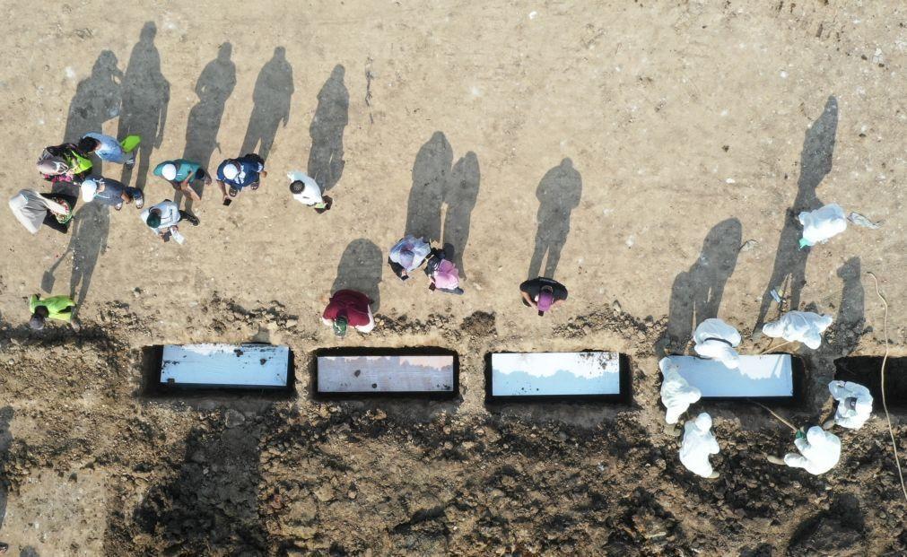 Covid-19: Pelo menos 4.156.164 mortos e 193,6 milhões de casos no mundo