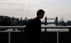 Covid-19: Reino Unido regista mais 29.173 infeções e mais 28 mortes