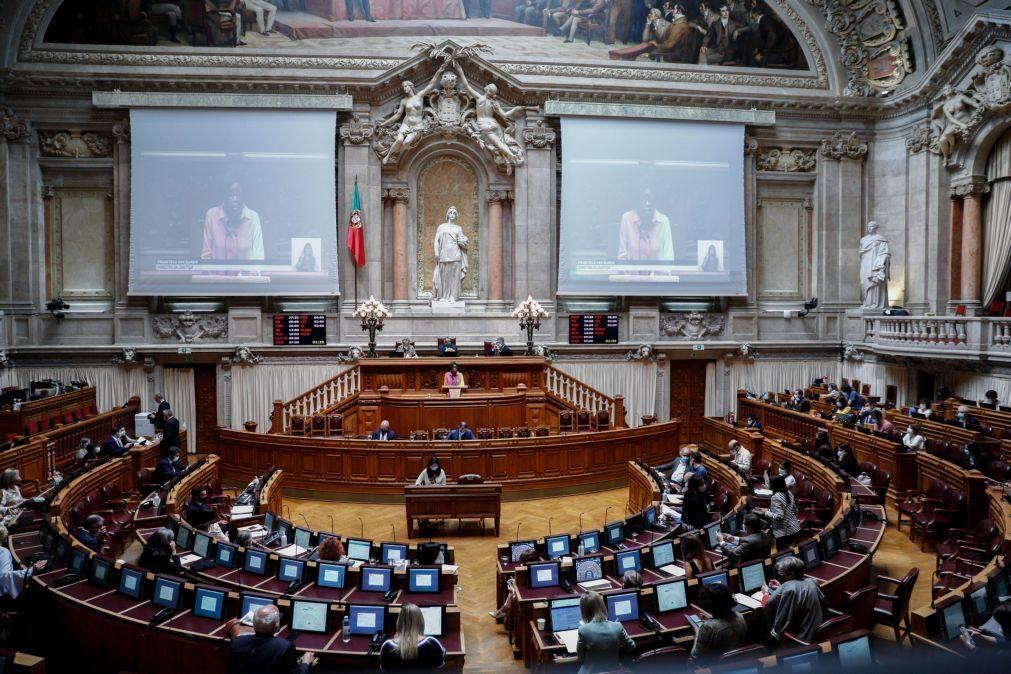 PCP apresenta mais projetos-lei mas é o PSD quem tem mais aprovados