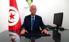 Presidente da Tunísia exonera ministros da Defesa e da Justiça
