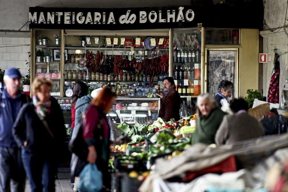 Câmara do Porto aprova apoio de 2,13 ME para regresso dos comerciantes ao Bolhão