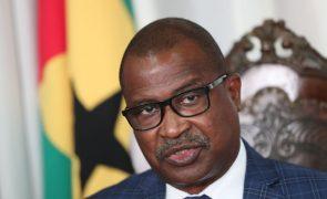 São Tomé/Eleições: Candidatura de Delfim Neves pede cumprimento da recontagem dos votos