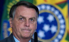 Bolsonaro considera injusto investigar quem pede golpe militar no Brasil
